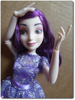 Mal Isle of the Lost - dressed Disney Descendants doll