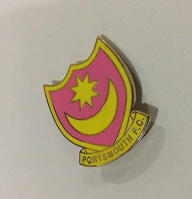 """PORTSMOUTH Football Club Badge FC Supporters """"LADIES PINK"""" Enamel Pin. XMAS GIFT"""