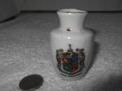Vintage China Model Of A Vase   Crested Borough Arms Ramsgate  No Maker