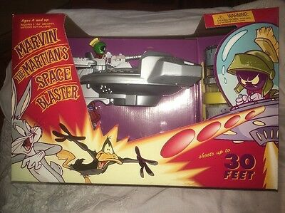 Looney Tunes Marvin the Martian SPACE BLASTER Disk Shooter IN BOX **RARE**