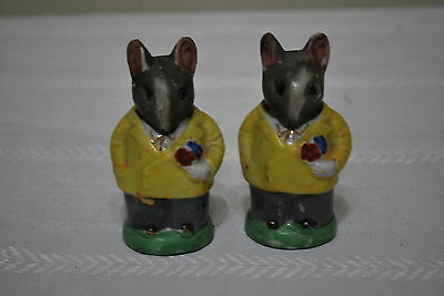 Hand Painted Mice 3  inches tall  Salt & Pepper Shakers - Japan