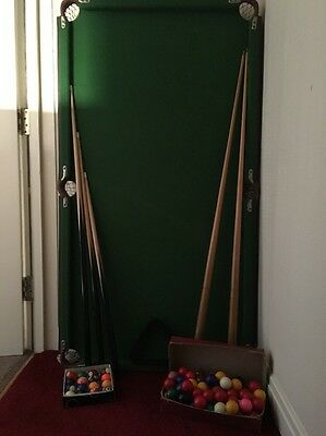 snooker table 4.6x2.5 Plus Cues And Balls