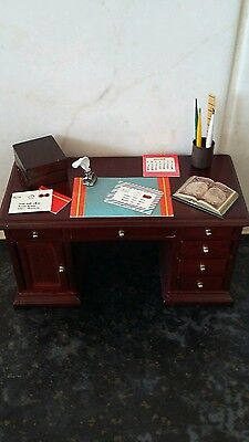 Dolls house furniture desk with all items on the top  ( draws &  cuboard opens )