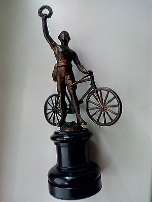 1900 - 1930 Old Art Deco Bronze Bicycle Statue The Winner Of Cycle Race Radfahre