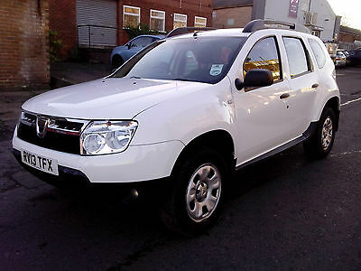 2013 Dacia Duster Ambiance 1.5 Dci Diesel White Damaged Repairable Salvage Cat-D