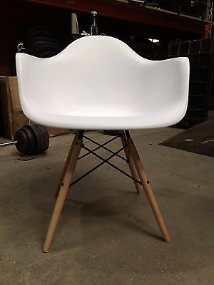 Ex Hire Eames DAW Designer Dining Chair White Fully Assembled Dining Chairs