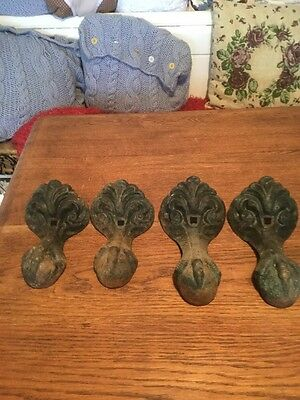 4 VINTAGE CAST IRON BALL & CLAW BATH FEET Free Uk Delivery