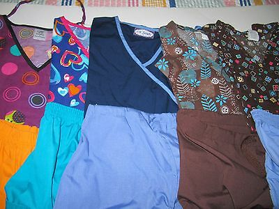 Womans Lot Of Scrub Sets, 5 Tops, 5 Pants, Very Nice Condition  Size L (Box 321)