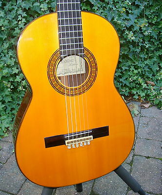 Manuel Rodriguez Model E 1986 Hand Made All Solid Spanish Classical Guitar