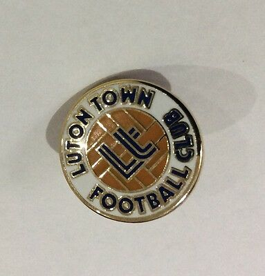 LUTON TOWN Badge Football Club FC Small (15 mms) Enamel Supporters Pin. 1 of 4