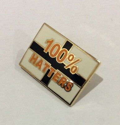 "LUTON TOWN Badge Football Club FC Enamel ""100% HATTERS"" Supporters Pin XMAS GIFT"