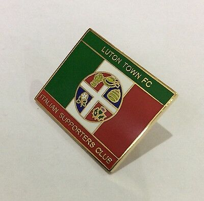 LUTON TOWN Badge Football Club FC Enamel ITALIAN ITALY Supporters Club Pin. 4/4