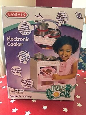 Casdon Toy Cooker