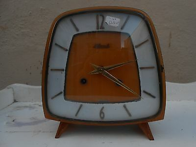 Vintage Art Deco Mantle Clock   Hermle German