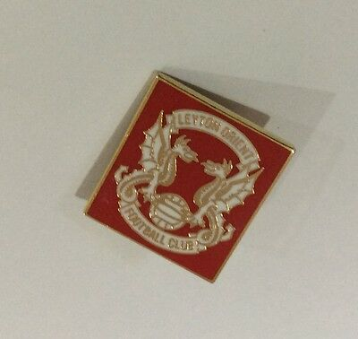 LEYTON ORIENT Football Club Badge FC SMALL RED VERSION PIN CHRISTMAS PRESENT