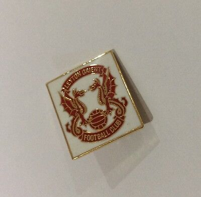 LEYTON ORIENT Football Club Badge FC SMALL WHITE VERSION PIN CHRISTMAS PRESENT