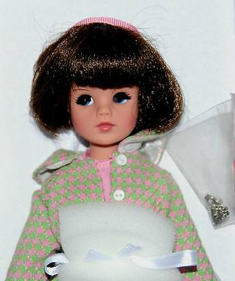 "Sindy's TV Dream NRFB Doll only 11"" Tonner 2015 Sindy doll collection"