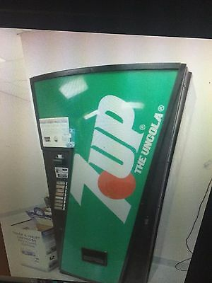 Cold Drink -Coke- Soda Can-Vending Machine-Dixie Narco 368-7Up-Pepsi