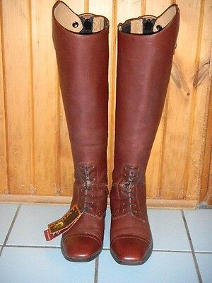 NWT Ariat Field Challenge Contour Square Toe Size 7B, Medium Height Wide Calf