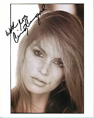 Cindy Crawford SIGNED Photo 8X10