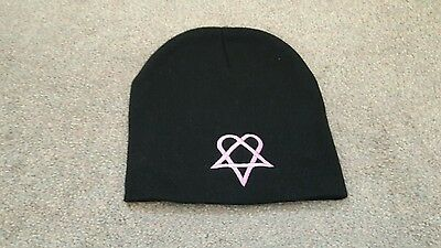 him heartagram hat