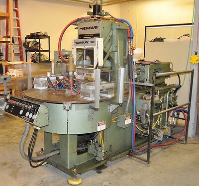 Newbury 30 Ton 4 Ounce Vertical Injection Molding Machine