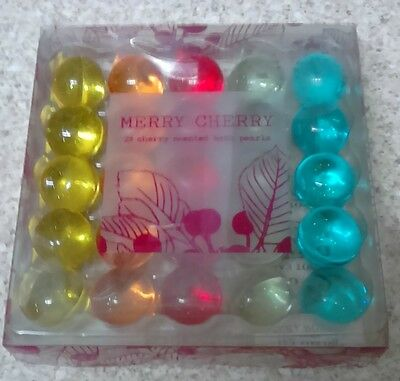 Merry Cherry Bath Pearls Gift Set~25 Balls