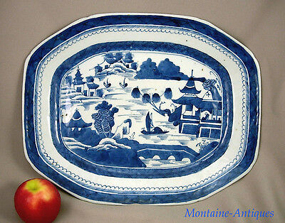 Antique Large Canton Blue and White erving platter 19th cent
