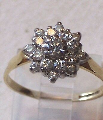 VINTAGE 18ct DIAMOND CLUSTER RING