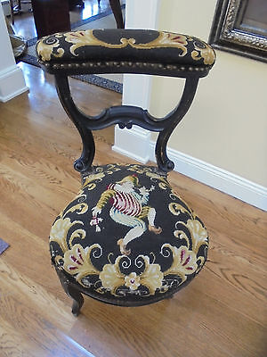 Antique 19c Prie Dieu French Prayer Chair With Needlepoint Jester