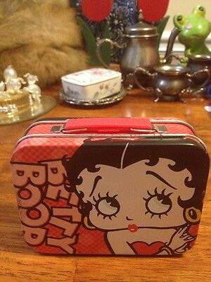 """Betty Boop Tin - Musical - Plays """"Oh, You Beautiful Doll"""""""