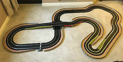 Scalextric Sport Large Layout With Bridge & 2 Cars Set