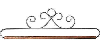 FRENCH CURLS QUILT HANGER HOLDER, With Dowel Rod From Ackfeld Manufacturing NEW