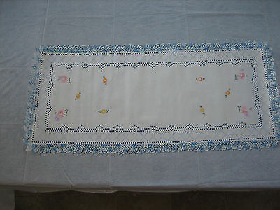 Vintage Linen Table Runner / Dresser Scarf Embroidered Flowers, Crochet Edge
