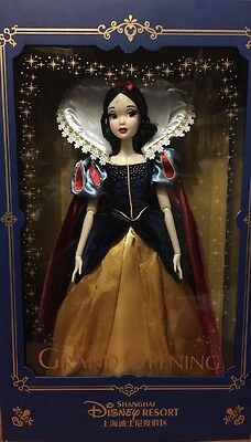 Shanghai Disneyland Limited Edition Snow White doll LE 1200