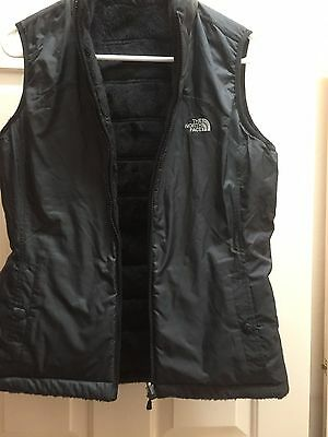 "The North Face - Women's ""Mossbud"" Reversible Vest - Black - Size S"