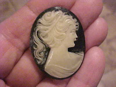 Vintage Carved Victorian CAMEO BROOCH insert only  White on Black