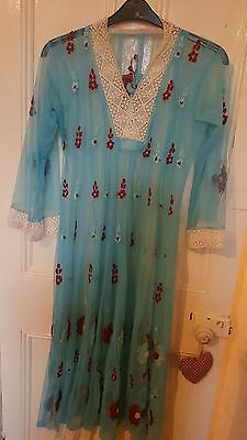 Pakistani/indian embroided salwar kameeze /kurta for woman