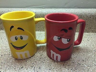 """M&M'S 3D Character Mug Set Of 2 Red Yellow Official Licensed Ceramic 4.25"""" Tall"""