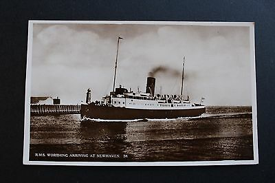 Black & White postcard channel steamer RMS Worthing arriving Newhaven