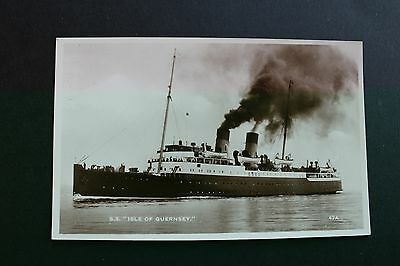 Black & White postcard channel steamer SS Isle of Guernsey