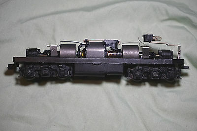 Vintage Powered Athearn F7 Super Geared Diesel Engine Locomotive Chassis & Light