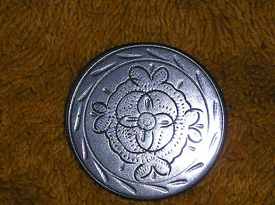 Medieval German Button 17th / 18th Century well decorated with a flower +