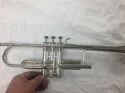 Bach Mercedes II Silver Trumpet w/ Yamaha mouthpiece