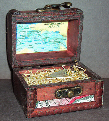 Ancient Roman Empire Bronze Arrowhead with Display Chest! 100-300 A.D.