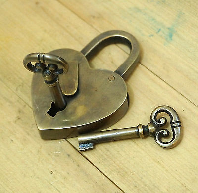 Vintage Solid Brass Heart Love PADLOCK and SKELETON Keys Antique padLock