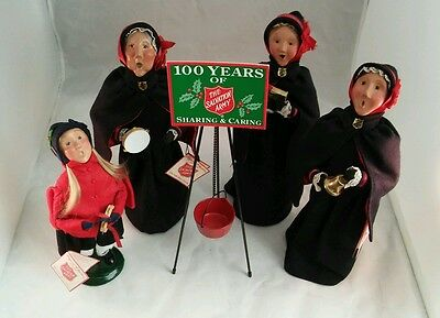 Set Of 4 Byers' Choice Ltd Carolers The Salvation Army Carolers WithTags