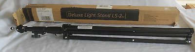 """Promaster LS-2 (N) Deluxe Light Stand - Maximum Height 9' 2"""" - #9252"""