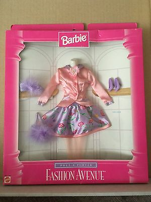 Barbie Fashion Avenue Pret at Porter (1996) – Spring - NRFB (#15902)