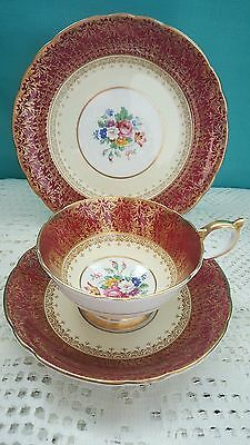 Anysley 'coventry deco' cabinet teacup trio